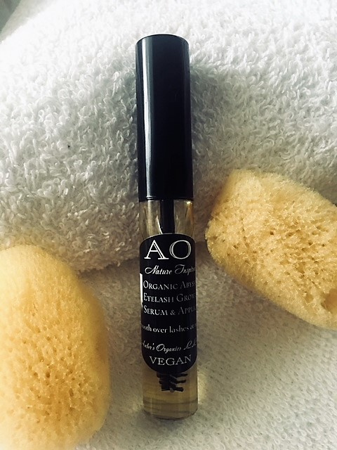 Nature Inspired Organic Abyssinian + Nutrient Oils Eyelash Growth Serum + Applicator.